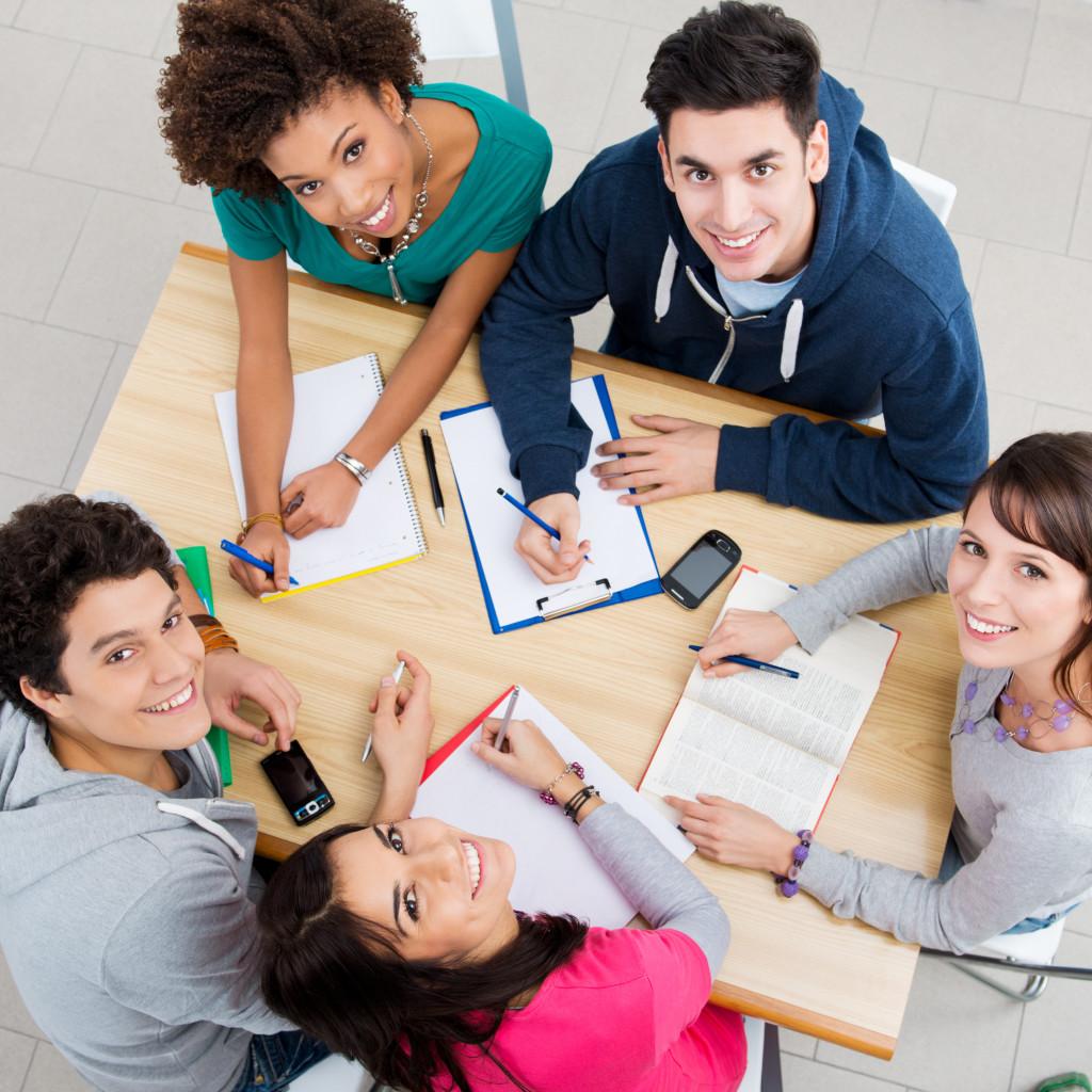Grupos de estudo